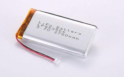 Li Poly Akku LP953566 3.7V 2700mAh 9.99Wh mit Schutzschaltung & Molex 51021-0200