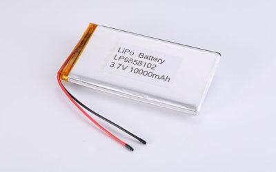 Li Poly Akku LP9858102 3.7V 10000mAh 37Wh mit Schutzschaltung & Drähten