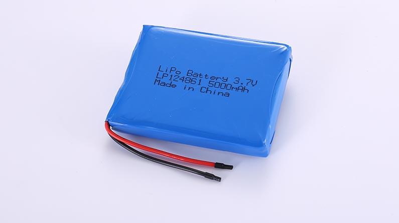 Li Polymer Akku LP124861 3.7V 5000mAh 18.5Wh mit Schutzschaltung & Drähten 50mm