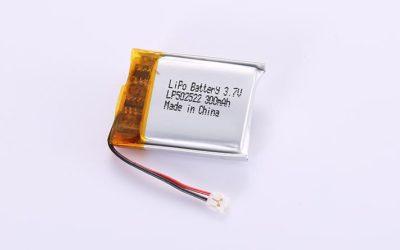 Li-Po Akku LP502522 3.7V 300mAh 1.11Wh mit Schutzschaltung & Drähten 20mm und JST ACHR-02V-S