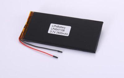 Li-Po Akku LP4347106 3.7V 2600mAh 9.62Wh mit Schutzschaltung & Drähten 50mm