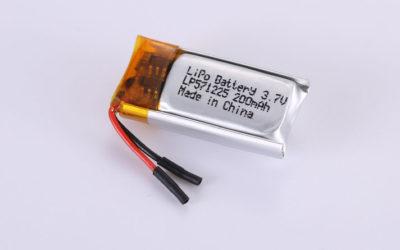 Li Poly Akku LP571225 3.7V 200mAh 0.74Wh mit Schutzschaltung & Drähten 10mm
