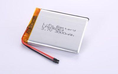Li-Po Akku LP605064 3.7V 3000mAh 11.1Wh mit Schutzschaltung & Drähten 50mm