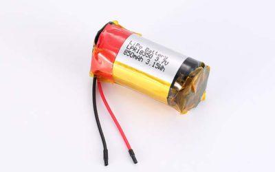 Lithium Polymer Akkus LPC18350 3.7V 850mAh 3.15Wh ohne Schutzschaltung, mit Drähten 35mm