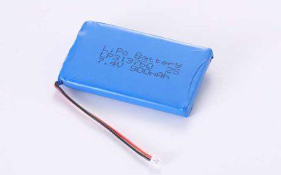 Lithium Polymer Akkus LP313760 2S 7.4V 900mAh 6.66Wh mit Schutzschaltung & Drähten 50mm & Molex 51021-0200
