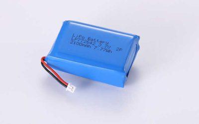 Lithium Polymer Akkus LP772642 2P 3.7V 2100mAh 7.77Wh mit Schutzschaltung & Drähten 20mm & Molex 51021-0200