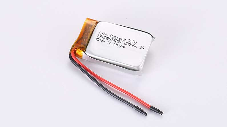 Lithium Polymer Akkus LPHD8024037 3.7V 600mAh 2.22Wh mit Schutzschaltung & Drähten 50mm