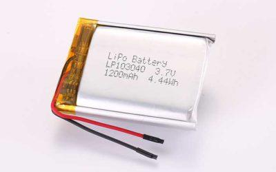 Lithium Polymer Akkus LP103040 3.7V 1200mAh 4.44Wh mit Schutzschaltung und Drähten 35mm