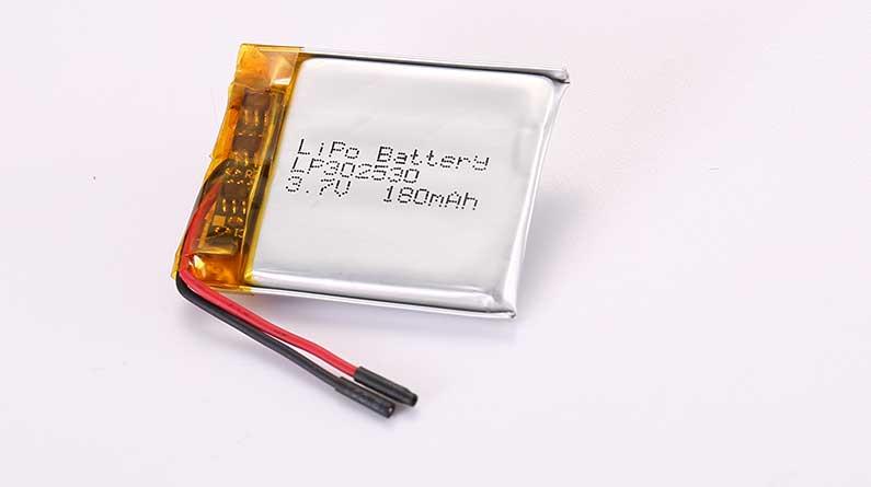 Lithium Polymer Akkus LP302530 3.7V 180mAh 0.67Wh mit Schutzschaltung und Drähten 25mm