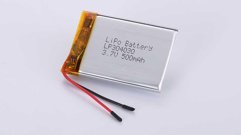 Lithium Polymer Akku LP304030 3.7V 500mAh 1.85Wh mit Schutzschaltung & Drähten 25mm