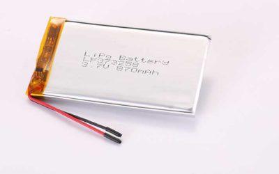Lithium Polymer Akkus LP373258 3.7V 870mAh 3.22Wh mit Schutzschaltung und Drähten 30mm