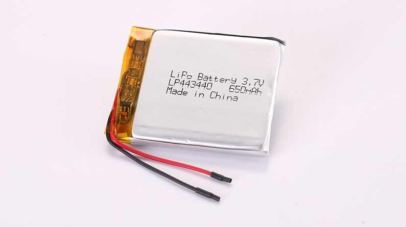 Lithium Polymer Akku LP443440 3.7V 650mAh 2.41Wh mit Schutzschaltung und Drähten 35mm