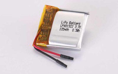 Lithium Polymer Akku LP481922 3.7V 135mAh 0.5Wh mit Schutzschaltung und Drähten 15mm