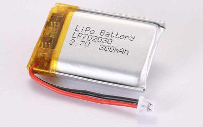 Lithium Polymer Akku LP702030 3.7V 300mAh 1.11Wh mit Schutzschaltung & Drähten 30mm und Molex 51021-0200